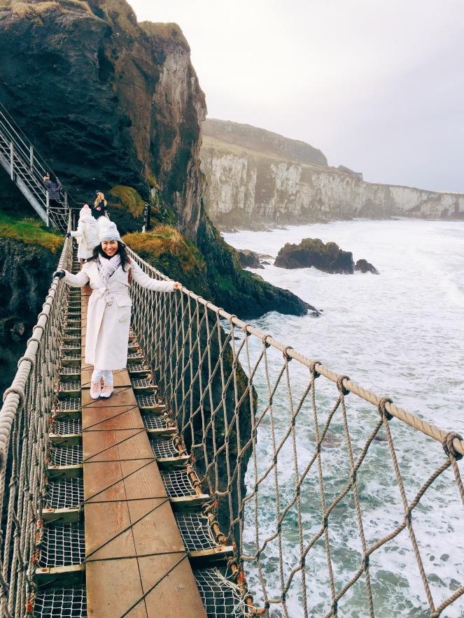northern ireland carricarede rope bridge